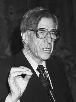 John Kenneth Galbraith - By Dijk, Hans van / Anefo [CC BY-SA 3.0 nl (http://creativecommons.org/licenses/by-sa/3.0/nl/deed.en)], via Wikimedia Commons