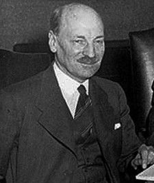 Earl Clement Richard Attlee - By Harris and Ewing / Library and Archives Canada / C-02327 [Public domain], via Wikimedia Commons