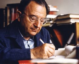 Erich Fromm - Müller-May / Rainer Funk, via Wikimedia Commons