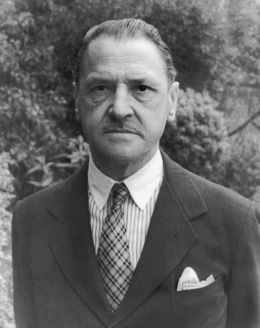 William Somerset Maugham - Carl Van Vechten [Public domain], via Wikimedia Commons