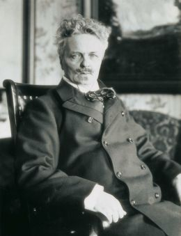 "August ""Johan"" Strindberg - Everett - Art/Shutterstock.com"
