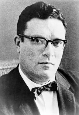 Isaac Asimov - By Phillip Leonian [1] from New York World-Telegram & Sun.[2] [Public domain], via Wikimedia Commons