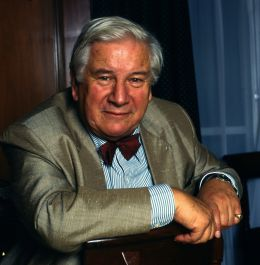 Sir Peter Ustinov - By Allan Warren (Own work http://allanwarren.com) [CC BY-SA 3.0 (http://creativecommons.org/licenses/by-sa/3.0)], via Wikimedia Commons