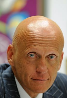 Pierluigi Collina - Football.ua [CC BY-SA 3.0 (http://creativecommons.org/licenses/by-sa/3.0), CC BY-SA 3.0 (http://creativecommons.org/licenses/by-sa/3.0) or GFDL (http://www.gnu.org/copyleft/fdl.html)], via Wikimedia Commons