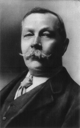 Sir Arthur Conan Doyle - Arnold Genthe [Public domain], via Wikimedia Commons