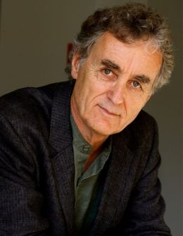 Fritjof Capra - By Zenobia Barlow [CC BY-SA 3.0 (http://creativecommons.org/licenses/by-sa/3.0)], via Wikimedia Commons